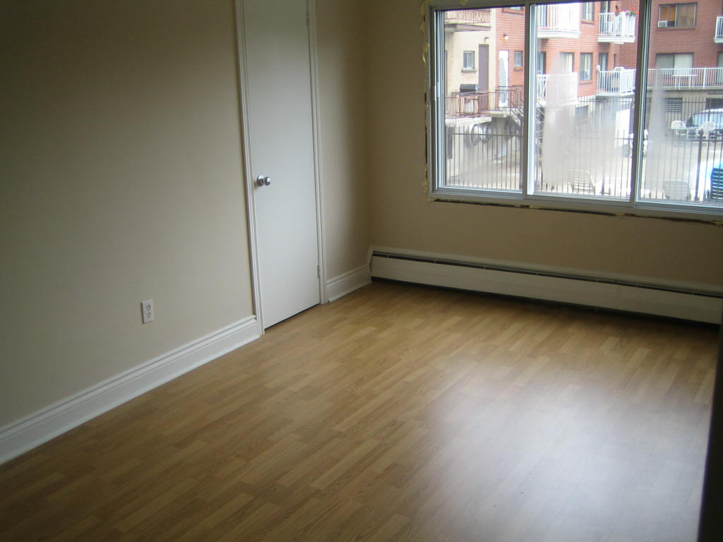 1 bedroom Apartments for rent in Ville-Lasalle at 1800 Shevchenko - Photo 10 - RentQuebecApartments – L3747