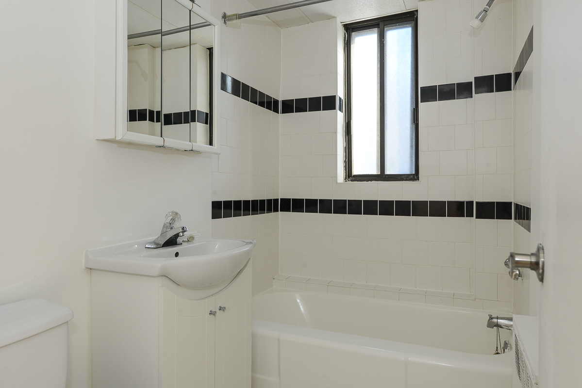 2 bedroom Apartments for rent in Montreal (Downtown) at Guy concordia Metro - Photo 04 - RentQuebecApartments – L1061