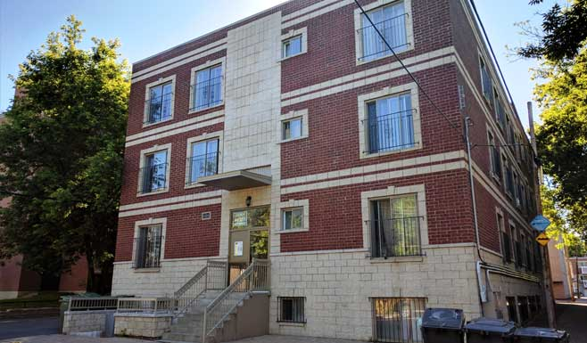 2 bedroom Apartments for rent in Cote-des-Neiges at 5324 Place Lucy - Photo 03 - RentQuebecApartments – L254298