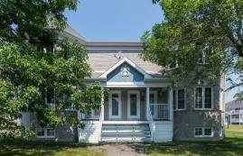 3 bedroom Apartments for rent in Quebec City at Le Domaine de Brugnon - Photo 01 - RentQuebecApartments – L401091