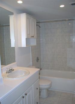 2 bedroom Apartments for rent in Cote-St-Luc at 5150 MacDonald - Photo 01 - RentQuebecApartments – L941