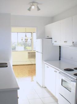 2 bedroom Apartments for rent in Cote-St-Luc at 5150 MacDonald - Photo 02 - RentQuebecApartments – L941