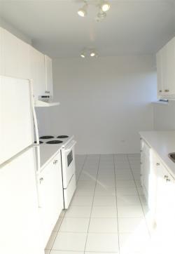 2 bedroom Apartments for rent in Cote-St-Luc at 5150 MacDonald - Photo 04 - RentQuebecApartments – L941