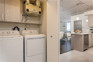 1 bedroom Apartments for rent in Laval at Axial Towers - Photo 09 - RentQuebecApartments – L401219