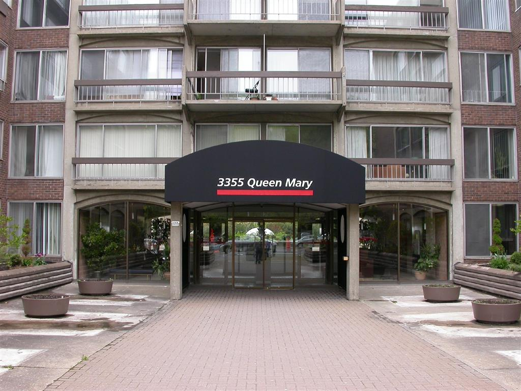 2 bedroom Apartments for rent in Cote-des-Neiges at Place Concorde - Photo 02 - RentQuebecApartments – L406446