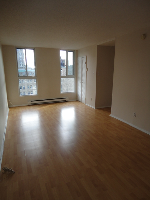 Studio / Bachelor Apartments for rent in Montreal (Downtown) at 2150 Mackay - Photo 03 - RentQuebecApartments – L3741