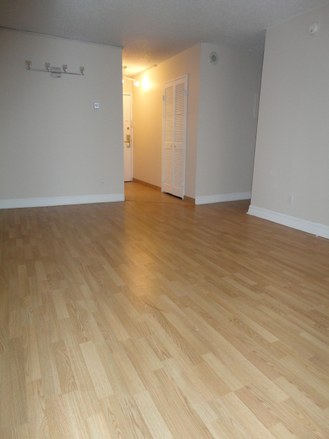 Studio / Bachelor Apartments for rent in Montreal (Downtown) at 2150 Mackay - Photo 10 - RentQuebecApartments – L3741