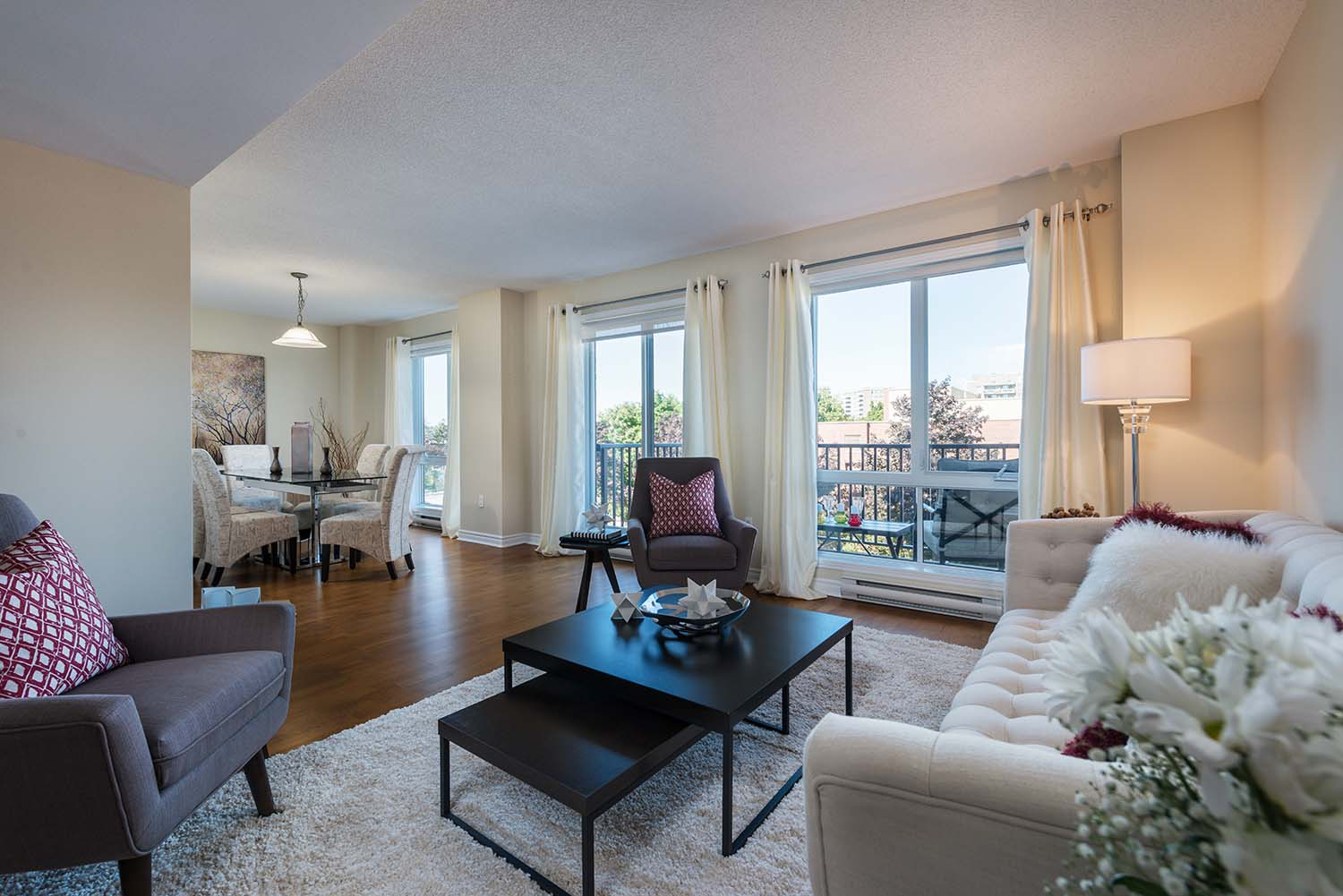 3 bedroom Apartments for rent in Cote-St-Luc at Excelsior - Photo 03 - RentQuebecApartments – L6072