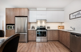 luxurious 2 bedroom Apartments for rent in Brossard at Le Saint-Laurent - Photo 01 - RentQuebecApartments – L401226