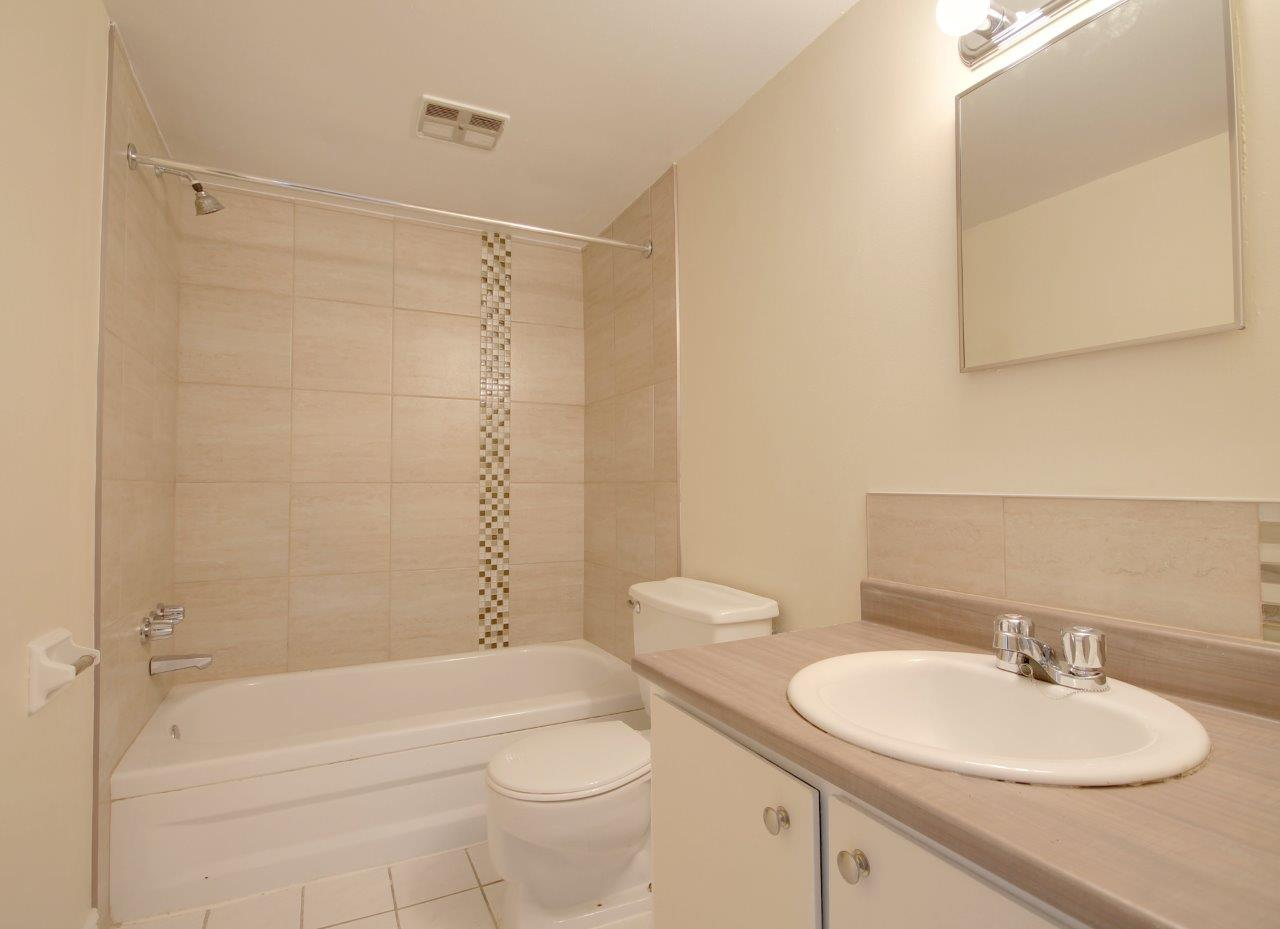 3 bedroom Apartments for rent in Pierrefonds-Roxboro at Le Palais Pierrefonds - Photo 01 - RentQuebecApartments – L179182