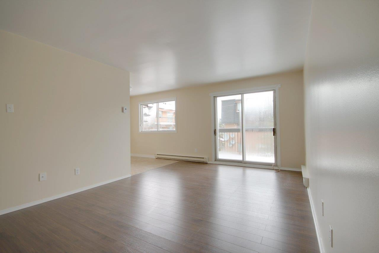 3 bedroom Apartments for rent in Pierrefonds-Roxboro at Le Palais Pierrefonds - Photo 04 - RentQuebecApartments – L179182