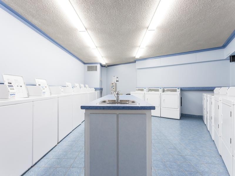 3 bedroom Apartments for rent in Laval at Les Habitations du Souvenir - Photo 06 - RentQuebecApartments – L4969