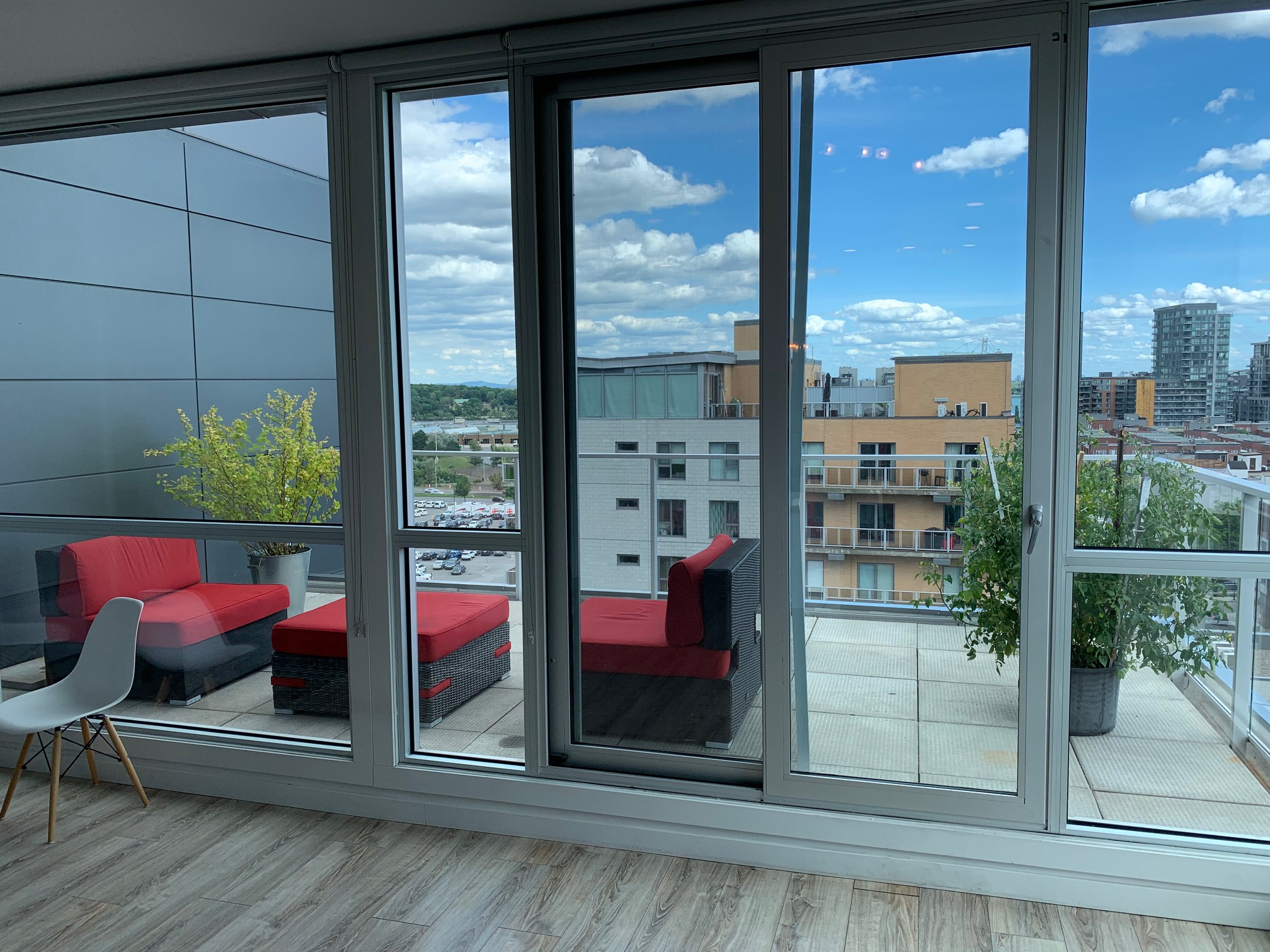 luxurious 1 bedroom Condos for rent in Montreal (Downtown) at Le Rubic - Photo 05 - RentQuebecApartments – L405206