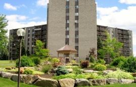 1 bedroom Apartments for rent in Laval at Les Habitations du Souvenir - Photo 01 - RentQuebecApartments – L4967